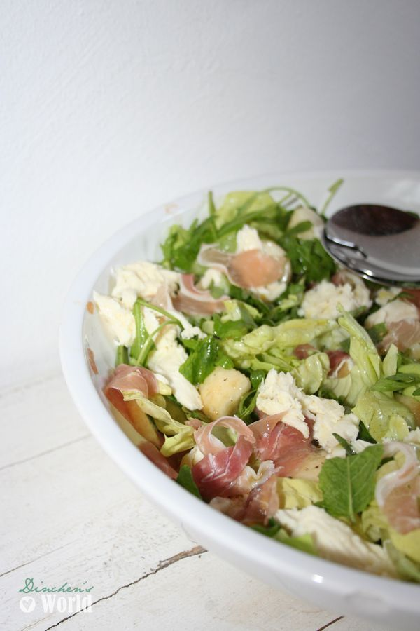 gemischter salat mit mozzarella pfirsich und schinken dinchen s food feelings. Black Bedroom Furniture Sets. Home Design Ideas