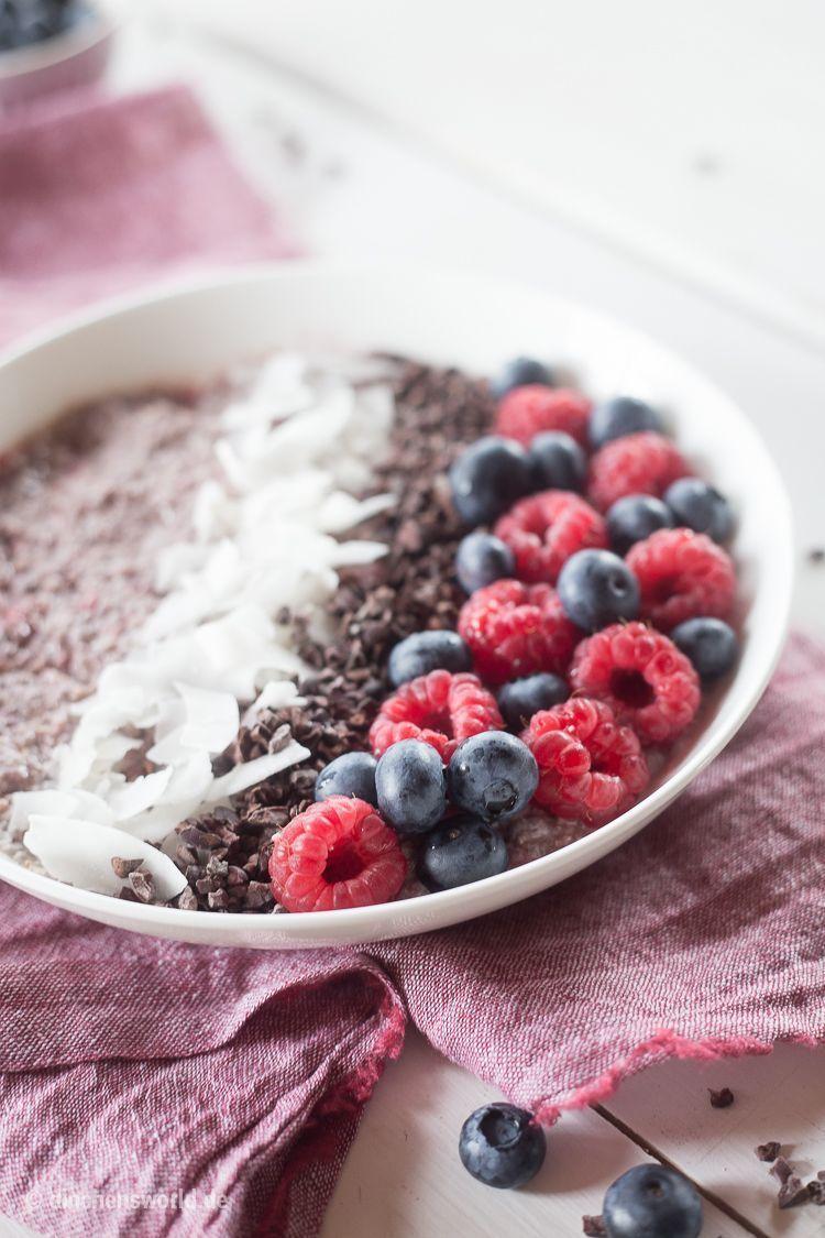 Rezept Chia-Acai-Bowl mit Kokosmilch und Himbeeren