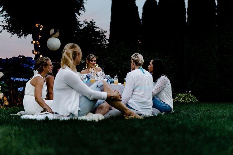 Mädels-Abend im Garten mit dem BOLS Maracuja Flip