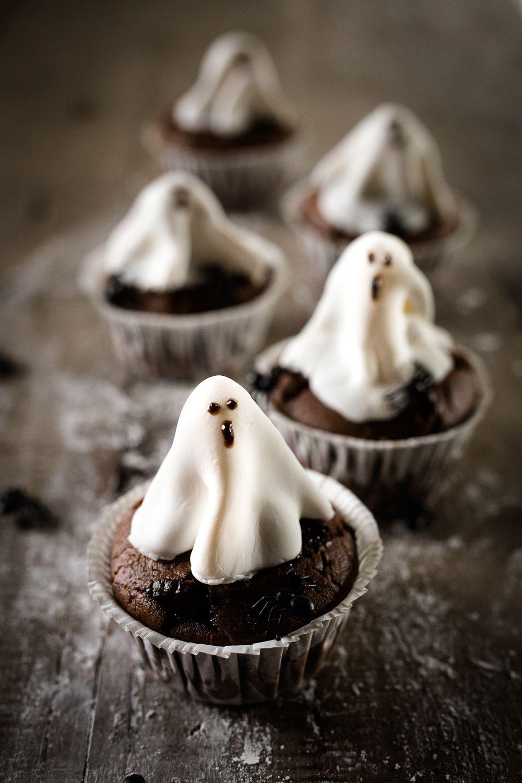 oreo-ghost-cupcakes-4