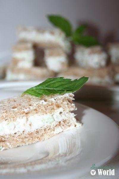 Sandwiches mit Gurke und Minze