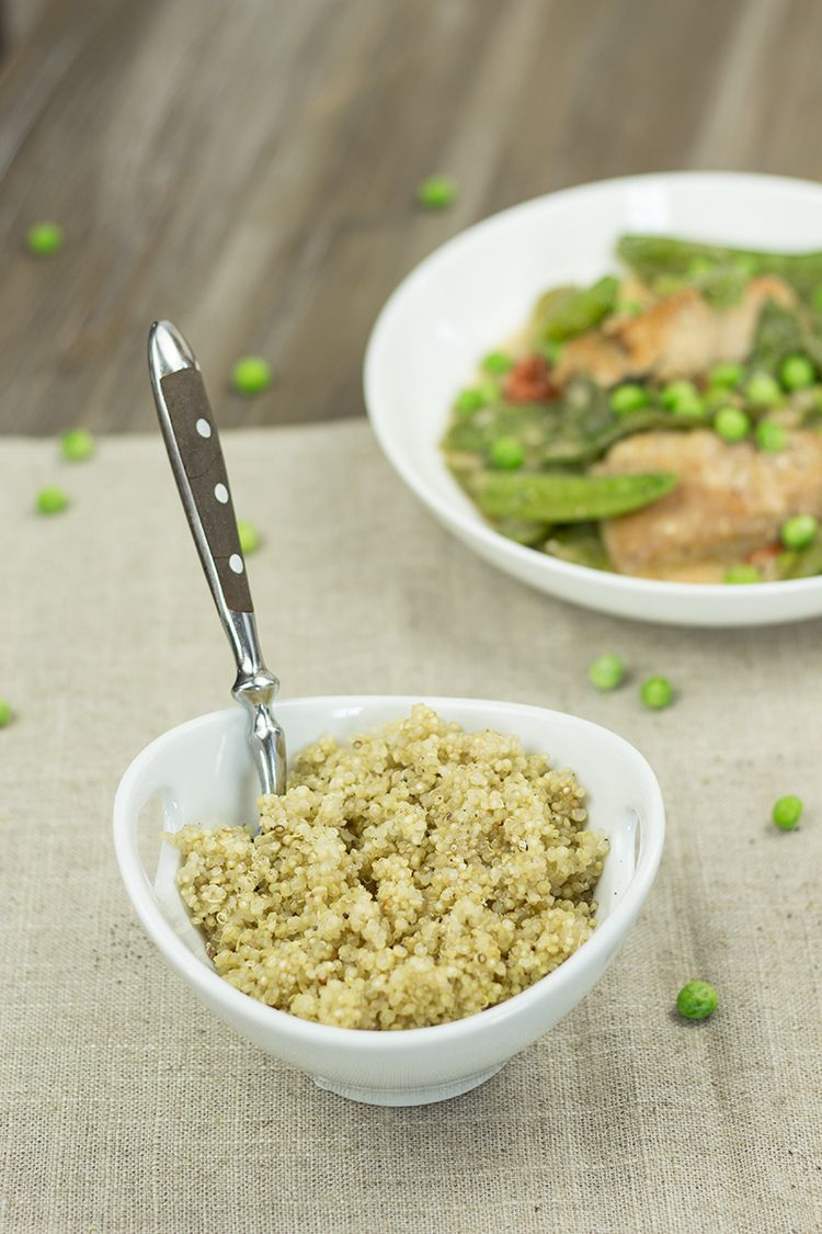 Quinoa-zu-Putenfilets-und-Fruehlingsgemuese