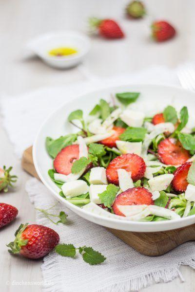 Sommer-Salat mit Erdbeeren, Fenchel und Mozzarella